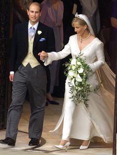 Der jüngste Spross von Queen Elizabeth II., Prinz Edward, sagte am 19. Juni 1999 Sophie Helen Rhys-Jones ja.