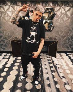 Freestyle Rap, Silver Hair, Hot Guys, Hip Hop, Street Wear, Boys, How To Wear, Dani, Jordan