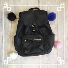 WE  POM POMS  Add them to any bag or backpack for some extra flair!  #platosclosetlincolnpark #platosclosetlp #platosclosetchitown #platoscloset #instagram #instacool #instadaily #instafashion #instafollow #instagood #instamoment #instaoutfit #instapic #fashion #fashionforless #fashioninspo #fashionista #fashionlooks #summer #summer2016 #summerfun #summerinchitown #summerlooks http://ift.tt/2ca2h6z - http://ift.tt/1HQJd81