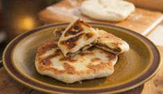 Spiced Beef Flatbread (Khima Chapati) by Adrian Richardson - Good Chef Bad Chef Roti Canai Recipe, Kitchen Recipes, Cooking Recipes, Chef Shows, Spiced Beef, Tv Chefs, Chapati, Best Chef, Indian Dishes