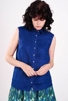 Sleeveless Linen Indigo Blue Shirt
