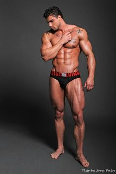 MICHAEL TOSCANO male fitness model © JORGEFREIRE www.modelmayhem.com/psm ▬
