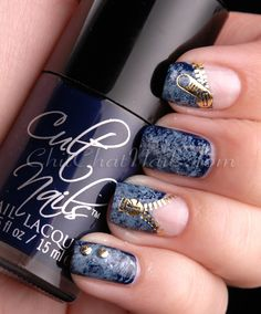 LOVE THIS. Denim marbled nails (using the saran-wrap method) with bright gold, zipper overlays.