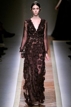 Valentino Fall 2011 Ready-to-Wear Collection Photos - Vogue#1#4