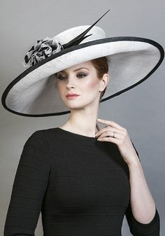 R1670 - White fine straw sidesweep hat with silk flowers and arrow feathers