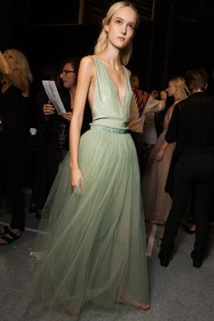 Valentino Spring 2015 Ready-to-Wear Fashion Show Beauty