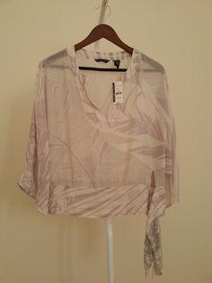 Blusa suelta Chiffon Marca NYC Nueva con etiqueta $200