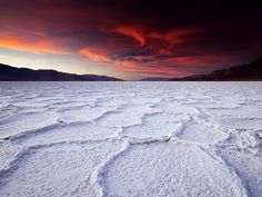 National Geographic Wallpaper of the Day | Badwater Basin Photo – Death Valley Wallpaper – National ...