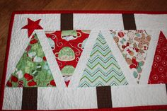 Christmas Table Runner- from Angles with Ease but no pattern here