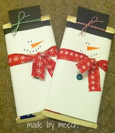 Candy bar snowmen- a great neighbor Christmas gift!