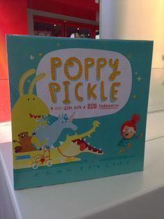 The irrepressible Poppy Pickle by @EmmaYarlett *star* of @templarbooks stand !#BolognaBookFair