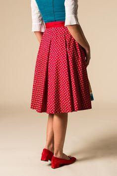 Gössl Online-Shop - Kurzes Dirndl mit Münchner Ausschnitt - Dirndl Tweed, Farm Fashion, Farm Clothes, Shops, Weird Fashion, Girls Wear, Midi Skirt, High Waisted Skirt, Feminine