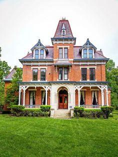 http://www.countryliving.com/real-estate/a35570/historic-cincinnati-victorian-home/?src=spr_FBPAGE