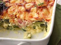 Light Zucchini and Ham Gratin WW - Main course and recipe - Recette weight watchers - Meat Recipes Meat Recipes, Healthy Dinner Recipes, Crockpot Recipes, Chicken Recipes, Plats Weight Watchers, Weight Watchers Chicken, Zucchini Gratin, Recetas Puertorriqueñas, Tasty Dishes
