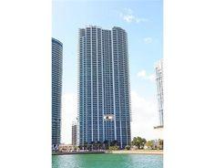 900 BISCAYNE BL Miami FL 33132