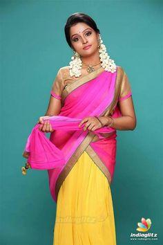 Remya Nambeesan South Indian Actress NEW YEAR DECORATION WALLPAPERS PHOTO GALLERY    4.BP.BLOGSPOT.COM  #EDUCRATSWEB 2020-05-13 4.bp.blogspot.com https://4.bp.blogspot.com/-hmlM5wkozBo/ULBZGE0BNiI/AAAAAAAABm0/HyDFAMtfUB4/s320/new-year-2013-decorations-ideas-wallpapers7.jpg