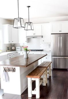 24 Beautiful White Kitchen Cabinet Makeover Design Ideas