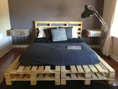 9 DIY Easy Wooden Pallet Bed Ideas | 99 Pallets Pallet Bedframe, Diy Pallet Bed, Wooden Pallet Furniture, Pallet Ideas, Pallet Wood, Pallet Projects, Wood Pallets, Recycled Pallets, Diy Wood