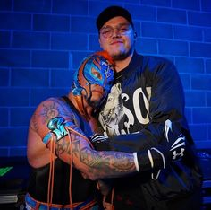 It's all for Dominick. Rey Mysterio will see Seth Rollins next week on WWE Raw for the Universal Championship! Watch Wrestling, Wrestling Stars, Wrestling Wwe, Mysterio Wwe, Wwe Couples, Best Wrestlers, Shawn Michaels, Jeff Hardy, Wrestling Superstars