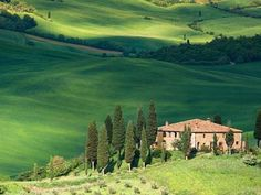 Tuscany, Italy. www.secretearth.com/best_lists/34-great-cycling-destinations
