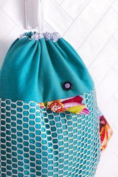 Ompele kivat pyykkipussit. Sew fish shape pouches for laundry. | Unelmien Talo&Koti Kuva: Satu Nyström Toimittaja: Hanna Sandström