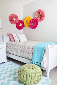 Sweet little girl's room makeover - what little princess wouldn't love this??: