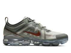 728528c9e53 Officiel Nike Air VaporMax 2019 Run Utility Chaussure De Course  AtmospheRique Hommes Gris noir rouge AR6631