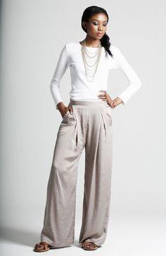 Pleat+front+wide+leg+trousers.jpg (1040×1600)