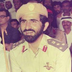 Mohammed bin Rashid bin Saeed Al Maktoum. Vía: Hussain Al-Badi Dubai, Sheikh Mohammed, Prince Crown, China Girl, World Leaders, United Arab Emirates, Old Photos, Sexy Men, Beautiful People