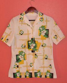 M Medium Vintage Shirt 70s Collar Button Up by PinkCheetahVintage
