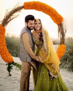 Dulhan Dress, Pakistani Actress, Couple Goals, Bridal Dresses, Photoshoot, Actresses, Photo And Video, Couple Photos, Couples