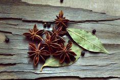 Alivie a síndrome do intestino irritável com estas 5 ervas curativas