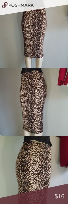 Leopard print skirt size small soprano leopard skirt, strechy material, waistband elastic, has linning  like new condition. Soprano Skirts Pencil