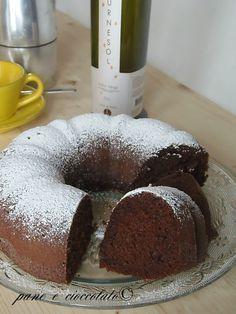 Ciambella al Cioccolato soffice Nutella Cookies, Cake Cookies, Love Eat, Love Food, Sweet Recipes, Cake Recipes, Torte Cake, Plum Cake, Sweet Cakes