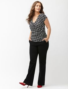 Browse new & trendy plus size pants at Lane Bryant. Shop the latest styles in plus size pants today in sizes Plus Size Fashion For Women, Womens Fashion For Work, Work Fashion, Curvy Fashion, Plus Size Women, Fashion Tips, Fashion Women, Fashion 2018, Fashion Online