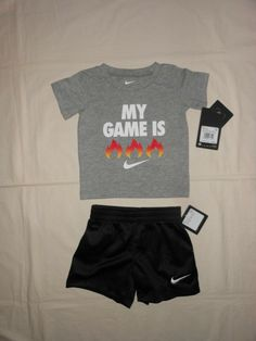 size 12M 18M 24M NWT Nike Baby Boys 2pc red shirt and pants outfit set