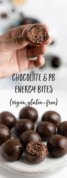 Chocolate & Peanut Butter Energy Bites - Vegan Dessert Recipes - Chocolate and peanut butter energy bites! These are raw, made with only 5 ingredients and packed wi -