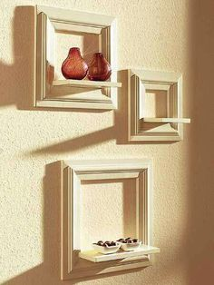 Home Interior Bathroom Wall decoration from old picture frames.Home Interior Bathroom Wall decoration from old picture frames Picture Frame Shelves, Picture Frame Crafts, Frame Shelf, Old Picture Frames, Old Frames, Frames On Wall, Frames Decor, Frames Ideas, Picture Ledge