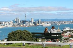 Our guide to Devonport by our Auckland local expert - Auckland's seaside suburb of Devonport can be found on the North Shore, the picturesque peninsula which forms the northern edge of the Waitemata Harbour. South Pacific, Pacific Ocean, Auckland New Zealand, State Of Arizona, Seaside Towns, Seattle Skyline, San Francisco Skyline, Dolores Park, Places To Visit