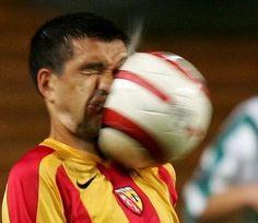 I've heard of headers, but... facers? #soccer