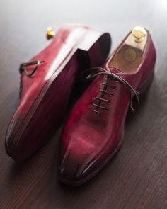8d584f322809 Hand painted shoes Yanko 201 Cherry