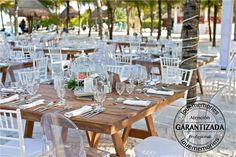 Mesas Rustic Chic cuadradas para 10 pax #Cancun #RivieraMaya #PlayadelCarmen
