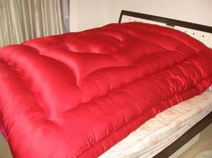 Vintage Beds, Down Quilt, Pretty Bedroom, Bag Men, Winter Gear, Mattresses, Sleeping Bag, Blankets, Satin
