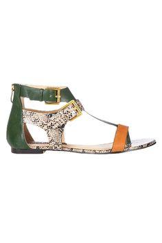 Venda Stylist Pick Calçado e Malas / 8304 / Sandálias e Sabrinas / Sandálias Kara Verde. De 70€ por 29€.