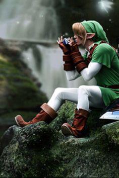 Legend of Zelda cosplay ocarina