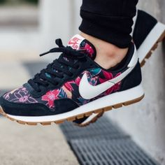 lower price with 67315 05e70 Nike Shoes   Nike Air Pegasus 83 Floral Print   Color  Blue Purple