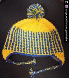 crochetbetweenworlds My second little beanie from last night! #beanie #hat #yellow #crochet #häkeln #hekel #ganchillo #crochetcommunity #crochetersofinstagram #crochetbetweenworlds #crochetconcupiscence #craftastherapy #freepattern