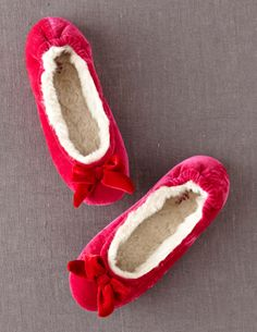 Discover Boden's wide range of high-quality footwear, from luxurious leather boots and flats to party shoes for every occasion. Sock Shoes, Shoe Boots, Velvet Slippers, I Believe In Pink, Party Shoes, Ballet Shoes, Ballerina Slippers, Me Too Shoes, Leather Boots