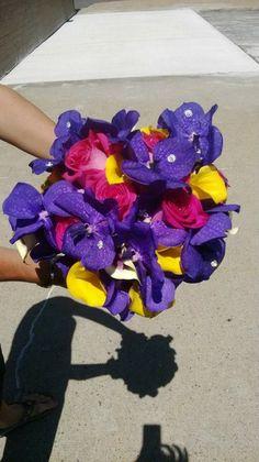 Bright and Fun Summer Weddings  Wedding Flowers Photos on WeddingWire