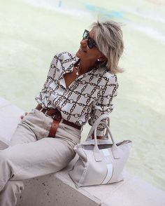 Women S Fashion Over Petite Mature Fashion, Older Women Fashion, 50 Fashion, Fashion Fall, Casual Work Outfits, Stylish Outfits, Fashion Over Fifty, Stylish Clothes For Women, 50 Style